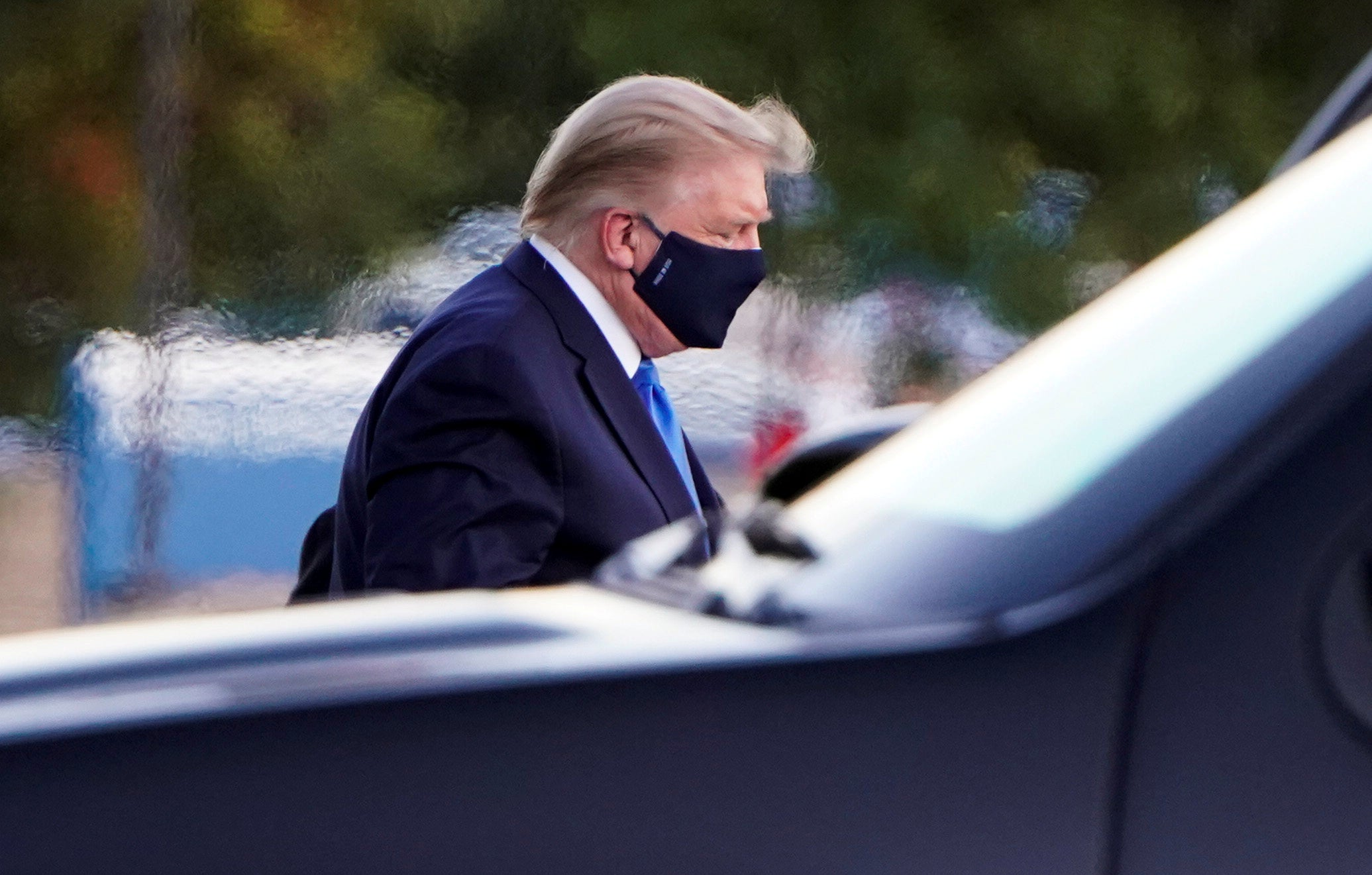 President Trump's COVID-19 symptoms are 'very concerning,' with next 48 hours 'critical' to recovery