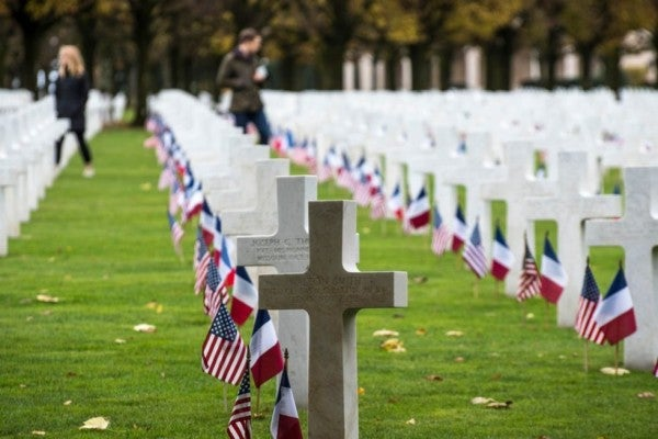 Dozens of people showed up to the funeral of a beloved WWII vet without family