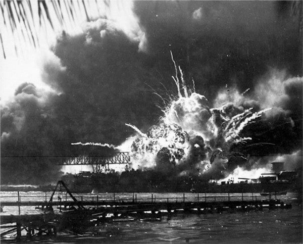 'We never would have won World War II if we had this kind of division' — A Pearl Harbor vet calls on Americans to unite around today's military