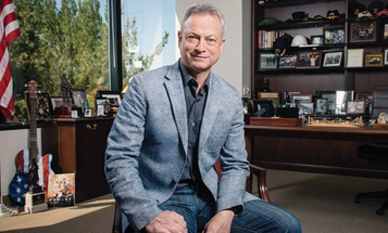 Gary Sinise flew 1,700 Gold Star family members to Disney World for an early Christmas vacation