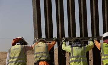 Army Corps of Engineers awards $1.28 billion Arizona border wall contract to firm favored by Trump