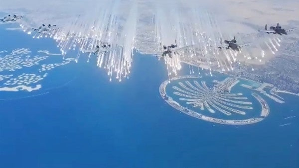 This video of 6 A-10 Warthogs dropping flares over the Persian Gulf is absolutely glorious