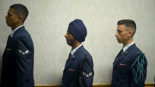 Air Force OKs beards, turbans, and hijabs worn for religious reasons
