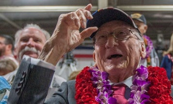 One of the last USS Arizona sailors to survive Pearl Harbor has passed away
