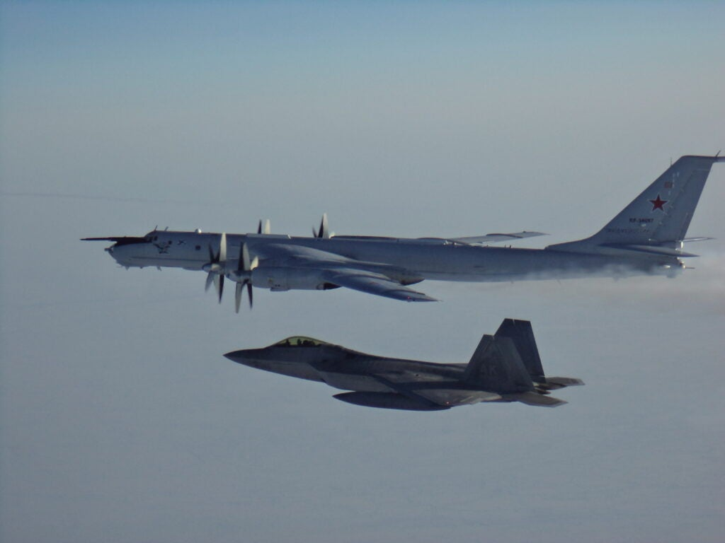 No, F-22 pilots aren't 'walking off the job' to avoid the COVID-19 vaccine