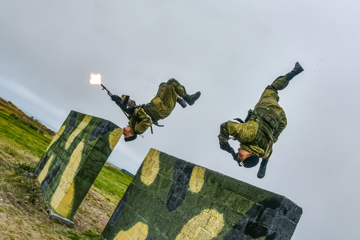 Check out these photos of Russian troops doing some real ninja sh*t