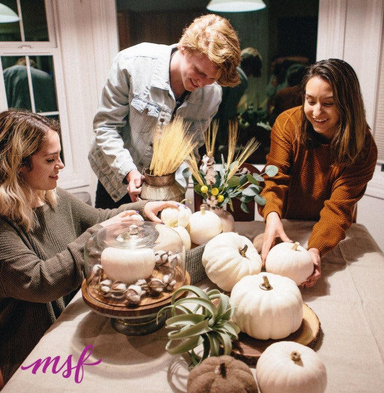 Tips for Setting a Festive Thanksgiving Table