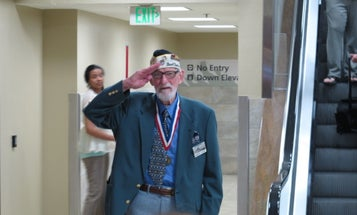 'All I ask is that everyone keep the faith' — WWII veteran offers advice on persevering through hardships