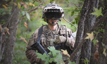 How the Army's futuristic new goggles are changing the mechanics of shooting, according to soldiers