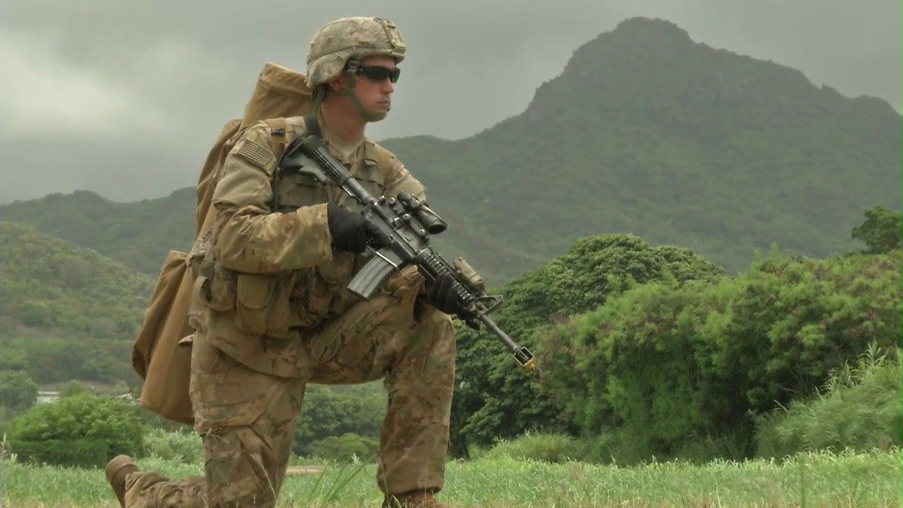 Army robots take on Hawaii