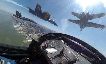 Cockpit video from the Blue Angels New York City flyover for Operation America Strong