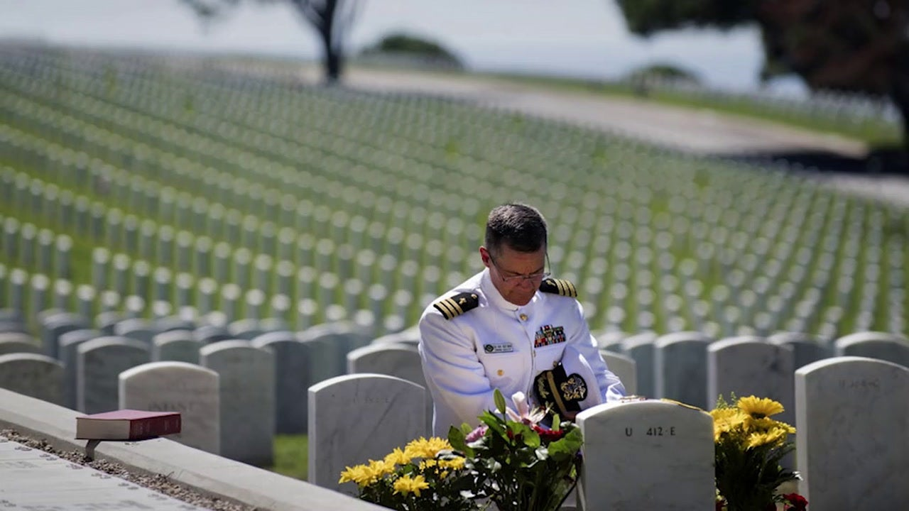 Naval Special Warfare commander and his wife share Memorial Day message