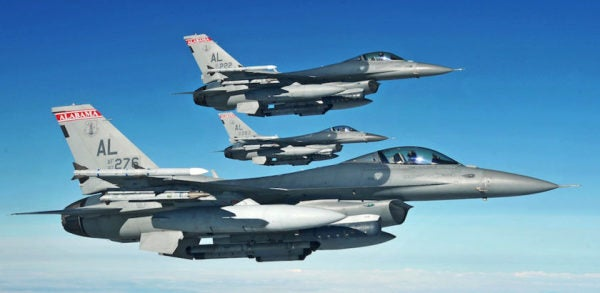 Why Russia And China Still Fear The F-16 Fighting Falcon