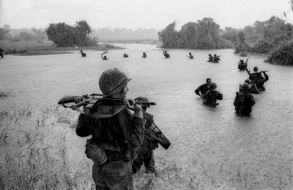 10 Incredible Photos Of The Heroes Who Fought The Vietnam War