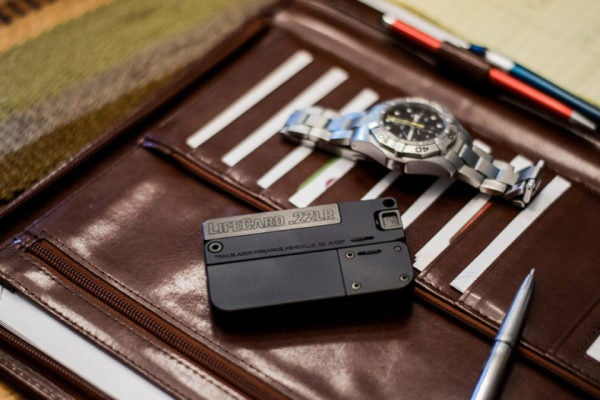 This Powerful Credit Card-Sized Gun Fits Neatly Into Your Wallet