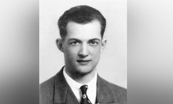 76 years ago, this WWII paratrooper threw himself on a grenade to save his buddies