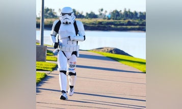 Navy corpsman rucks and runs in stormtrooper gear to raise money for charity