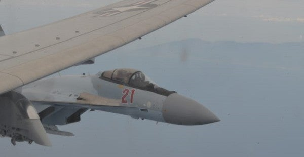 Insane video shows Russian fighters flying dangerously close to a B-52 bomber