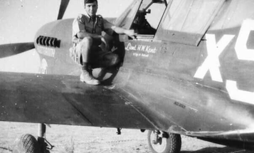 WWII pilot, 9-time Bronze Star recipient, cartoonist— the incredible life of Henry Kent