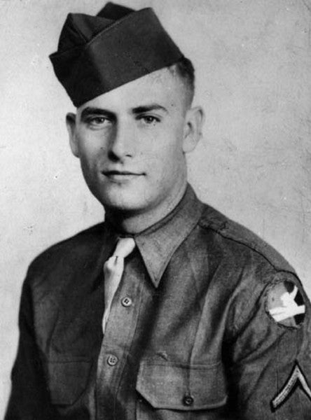 75 years ago, this Medal of Honor recipient braved a 'death-sown' minefield to reach 2 injured soldiers