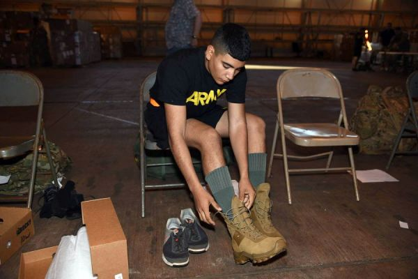 Hawaii Soldiers Ready To Put New Jungle Uniform To The Test