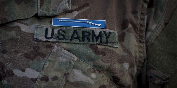 At Fort Bragg, 6 Women Become First In Army To Earn Expert Infantryman Badge
