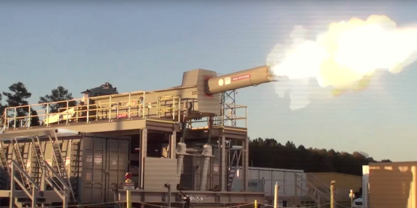 The Navy's Electromagnetic Railgun Is Both Alive And Dead