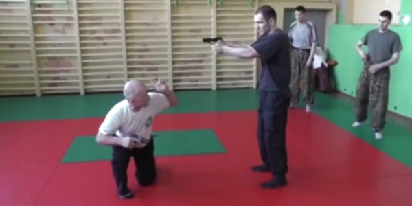 These Russian Special Forces Gunfighting Moves Are Beautiful And Ridiculous