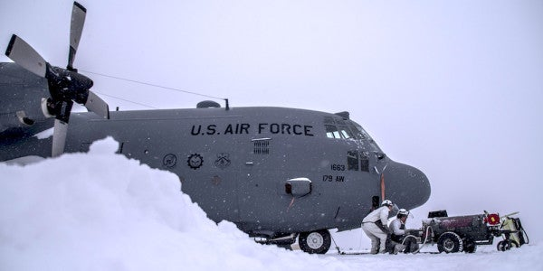 Why The Air Force Is Wrong To Freeze Its Engagement With The Media