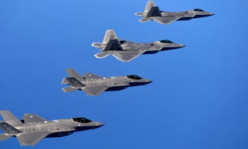 F-22s Can't Talk To F-35s, Because Of Course They Can't
