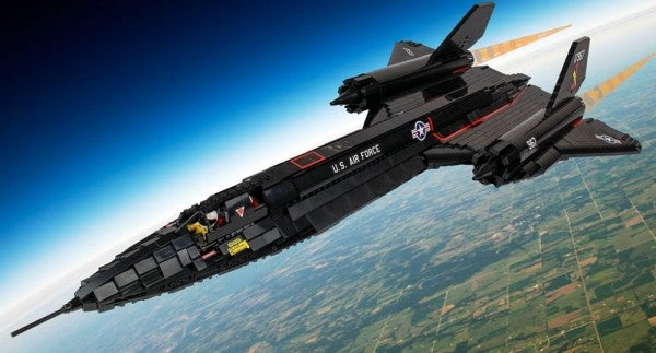 The Lego SR-71: Because Being A Grown Up Is For Suckers And Spy Planes Are Awesome