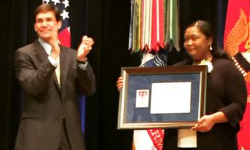 Army Nurse Who Aided Seattle Amtrak Derailment Victims Earns Top Civilian Valor Award