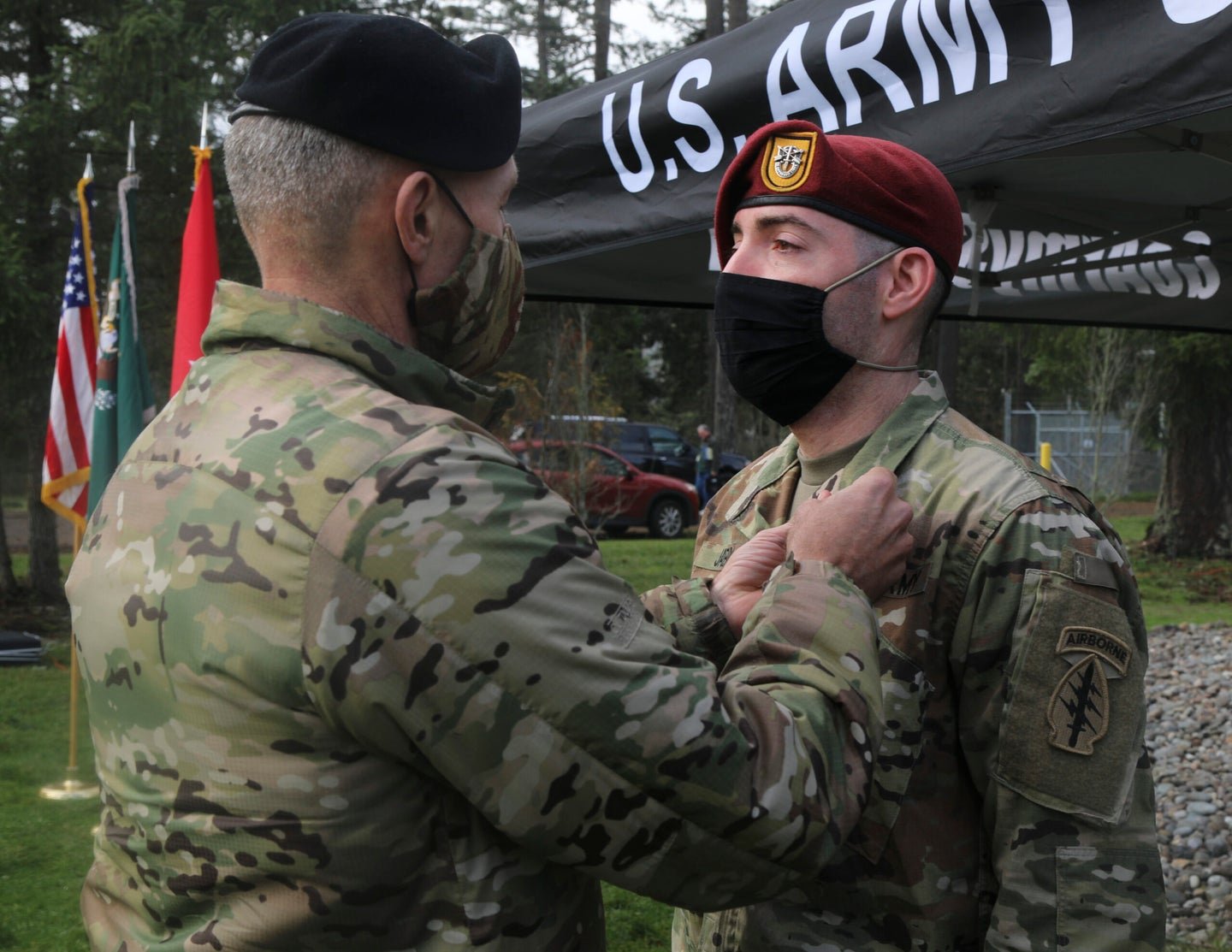 Army sergeant awarded Soldier's Medal for saving a man from burning vehicle