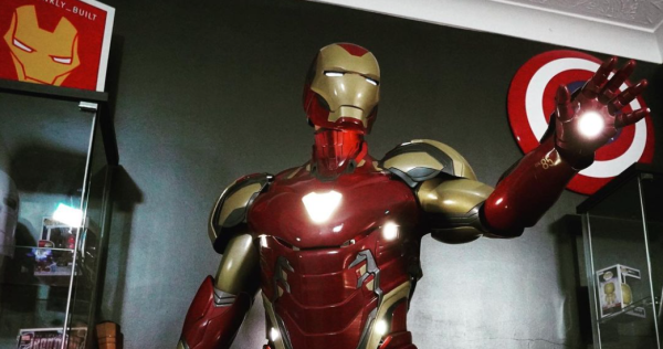 This airman created an outrageously realistic 'Iron Man' suit