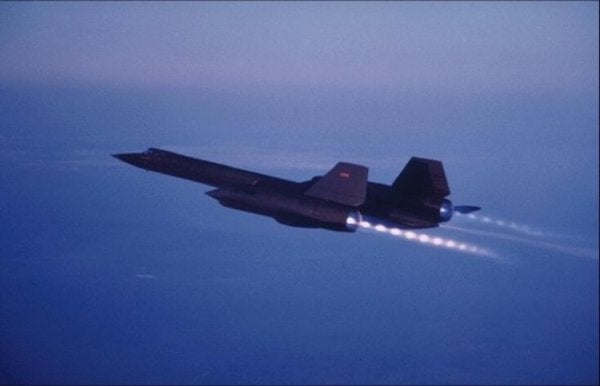 7 Wild Photos Of The SR-71 Blackbird's Legendary Afterburners In Action