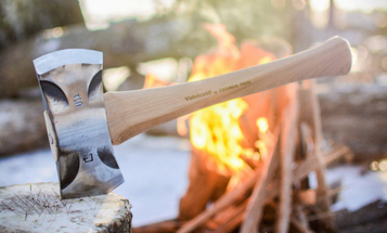 This Forged Steel Axe Pulls Double Duty For Any Outdoor Adventure