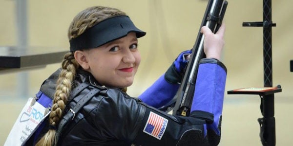 This 16-Year-Old Girl Just Set A New Army Shooting Record