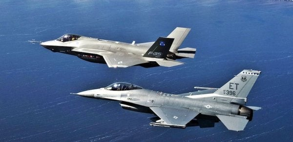 The Air Force Just Demonstrated A Fully Unmanned F-16 Fighter Jet