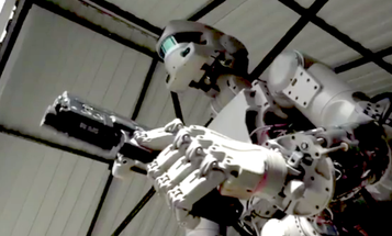 This Russian Gun-Slinging Robot Is Definitely Not A Terminator, Russia Insists