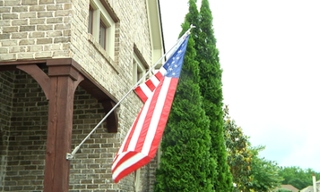 A Homeowner's Association Tried To Limit When Residents Could Fly The American Flag. These Veterans Said Hell No