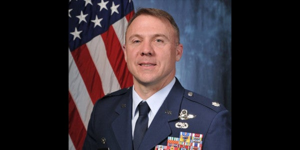 A-10 Pilot Awarded Silver Star For Unleashing Hell On Iraqi Army in 2003
