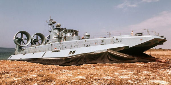 The Russian Military Is Bringing Back the World's Largest Hovercraft