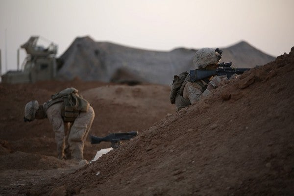 7 Badass Photos Of Marines Shelling The Crap Out Of ISIS In Syria