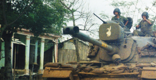 9 Must-See Photos From A Marine's Eye View Of The Vietnam War