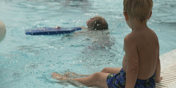 A Navy SEAL And An Ironman Triathlete Offer Advice On Teaching Your Kid To Swim