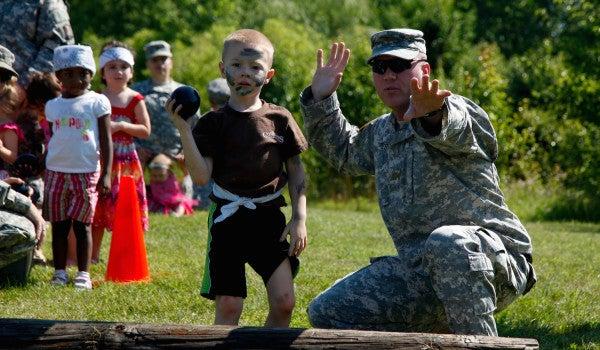 10 Military Skills That Make Service Members Amazing Parents