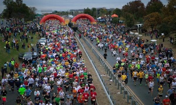 2 Retired Colonels Prepare To Run Their 40th Straight Marine Corps Marathon