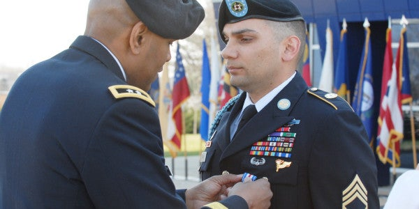 UNSUNG HEROES: The Soldier Who Rescued His Men From An Ambush Despite A Traumatic Brain Injury