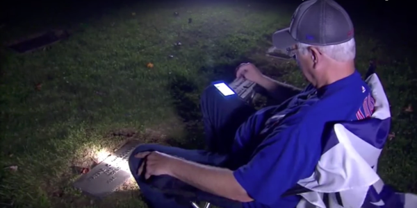 This Man Drove 650 Miles To Listen To Cubs Game At His Father's Gravesite