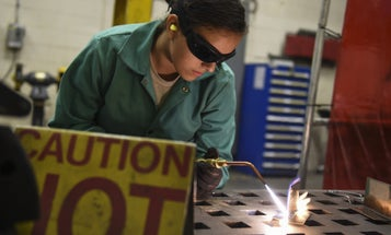 7 Manufacturers Hiring Veterans For All-American Jobs